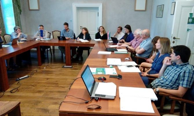 Nemzetközi tapasztalatcsere az okos mérés magyarországi alkalmazásáról Pakson