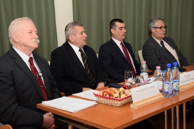 Fehérvári Tamás köszöntötte a Katasztrófavédelem szakembereit